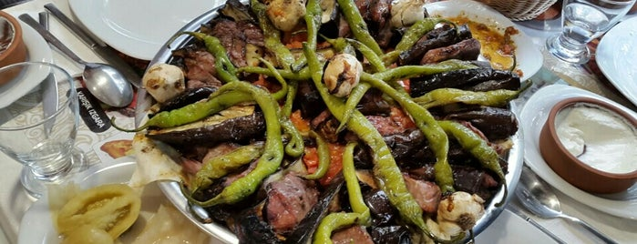 Teras Anadolu Sofrası-Tokat Kebabı is one of İSTANBUL GURME MEKANLAR.