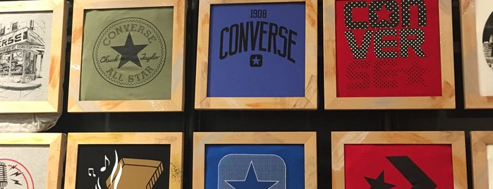 Converse Factory Outlet is one of Posti che sono piaciuti a Jose.