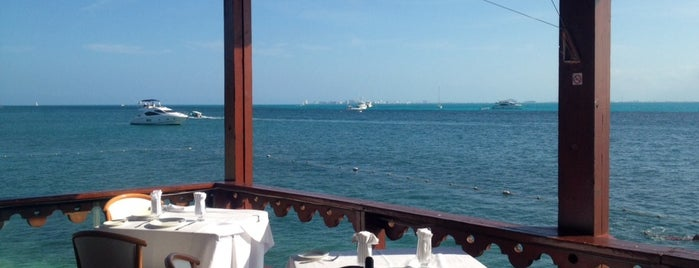 Casa Rolandi Restaurant Gourmet & Yacht Club is one of Cancun.