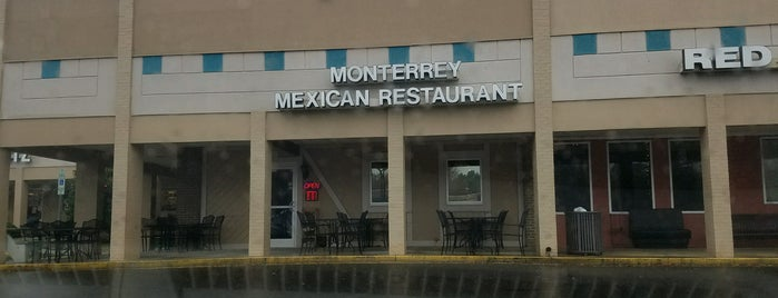 Monterrey Mexican Restaurant is one of Tempat yang Disukai Raymond.