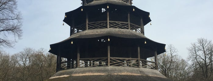 Chinesischer Turm is one of Locais curtidos por Fatih.