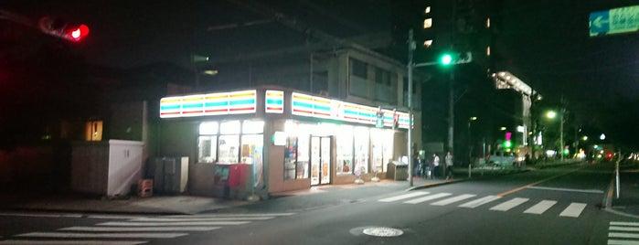 7-Eleven is one of Tempat yang Disukai Tomato.