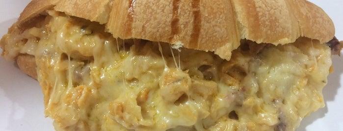 O Croissant is one of Orte, die Luiz gefallen.