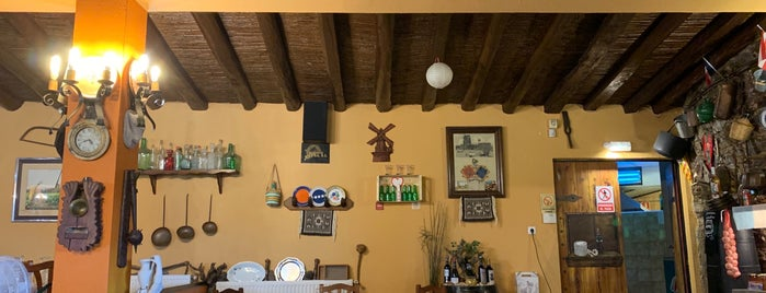 El Moli de Garriguella is one of Restaurantes con encanto.