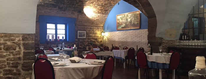 restaurant La Sala is one of Restaurantes con encanto.