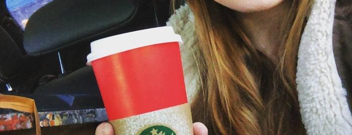 Starbucks is one of Orte, die Vlad gefallen.