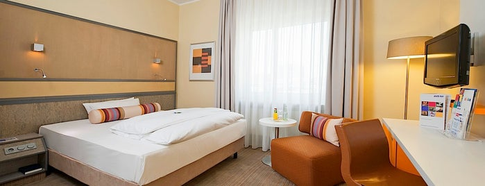 Mercure Hotel Dortmund Centrum is one of Tempat yang Disukai Ralf.