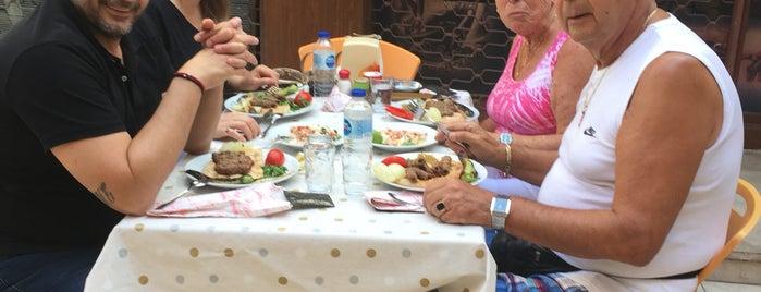 Arab'ın Yeri Köfte & Piyaz is one of Antalya.