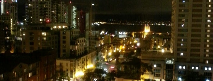 Four Points by Sheraton San Diego Downtown is one of Hotels.