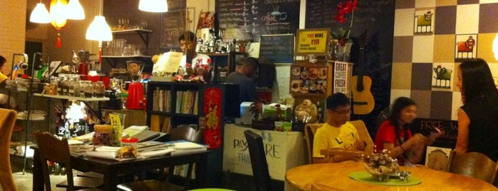 Yellow House Cafe is one of Café | Penang.