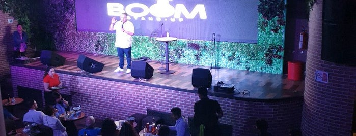 Boom Stand-Up Bar is one of Tempat yang Disukai Luisa.