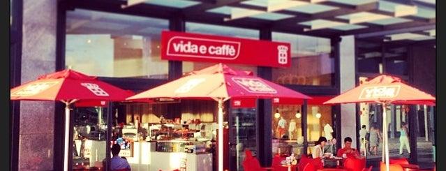 Vida e Caffé - La Croisette is one of สถานที่ที่ Eser Ozan ถูกใจ.