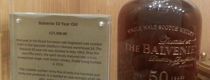 Scottish Whiskey Tour is one of Mahdi'nin Kaydettiği Mekanlar.