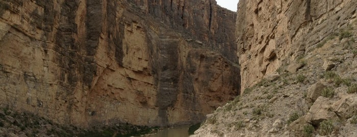 Santa Elena Canyon Scenic Overlook is one of Orte, die Dustin gefallen.