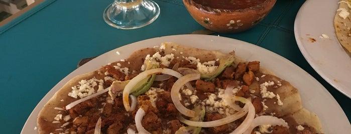 Restaurante El Colonial is one of Posti che sono piaciuti a Karen M..