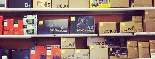 Fort Worth Camera Supply is one of Tempat yang Disukai Jon.