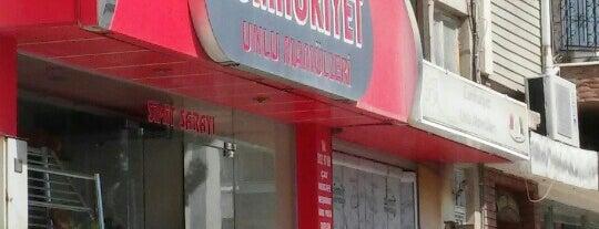 Cumhuriyet Unlu Mamulleri is one of Sinan 님이 좋아한 장소.