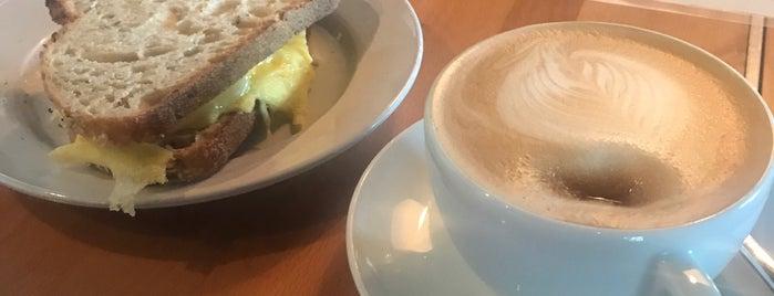 Miam Cafe & Boutique is one of Locais curtidos por Norah.