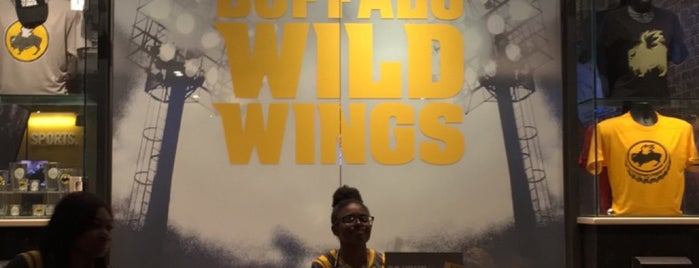 Buffalo Wild Wings is one of ATL_Hunter 님이 좋아한 장소.