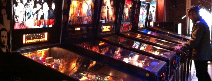 Pub 340 is one of Pinball Destinations.