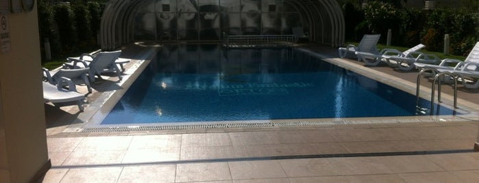 Elysium Fantastic Indoor Pool is one of Rugi 2.