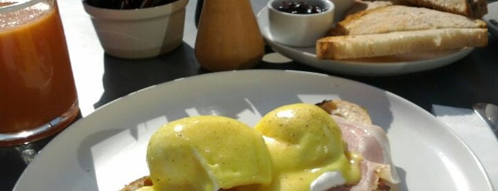 Daylesford Organic is one of Breakfast/Brunch in London.