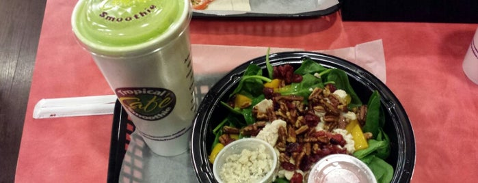 Tropical Smoothie Cafe is one of Posti che sono piaciuti a Ashley.