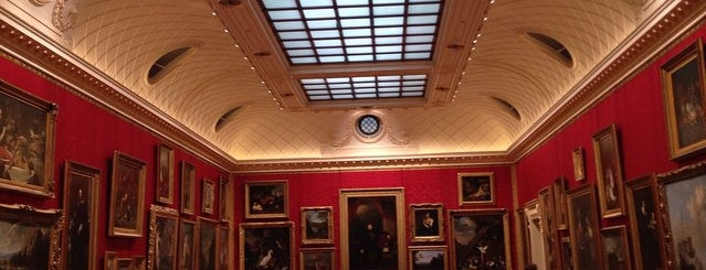 The Wallace Collection is one of 1000 Things To Do In London (pt 2).