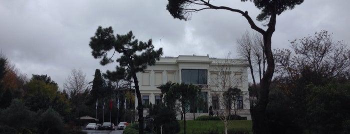 Sakıp Sabancı Müzesi is one of Locais curtidos por Nihan.