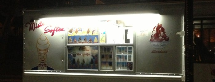 Mister Softee is one of Must-visit Food in Astoria.