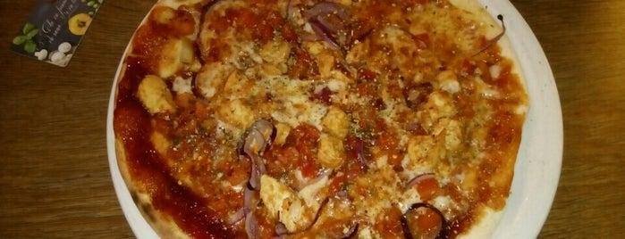 Pizzeria Venezia is one of Les endroits où manger et boire dans Courbevoie.