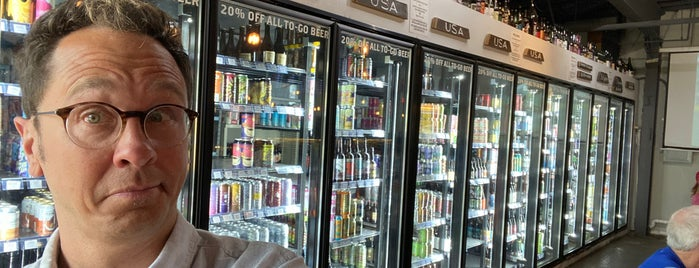 Gezellig Tap House and Bottleshop is one of STL.