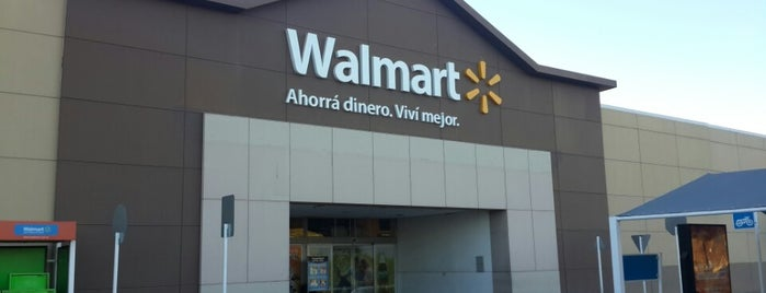 Walmart is one of Marcelaさんのお気に入りスポット.