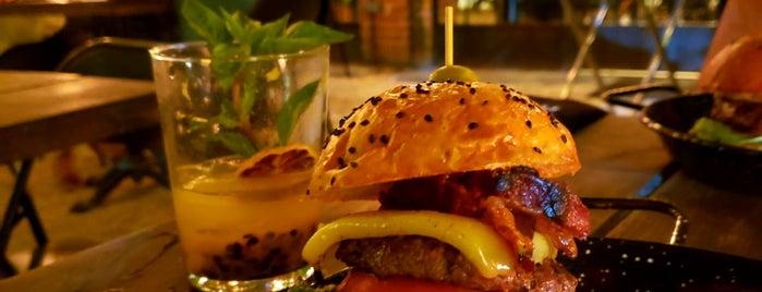 Mu. Burgerhouse is one of Cancún.