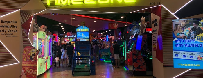 Timezone Flagship Store is one of シンガポール/Singapore.