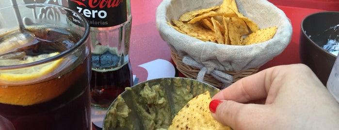 dulces caprichos de mi abuela is one of Lugares favoritos de Ester.
