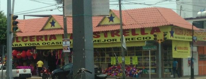 Dulcería La Estrella is one of Tempat yang Disukai Stanley.