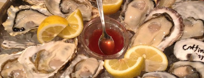 Fish House Oyster Bar is one of Tokyo Casual Dining - Western.