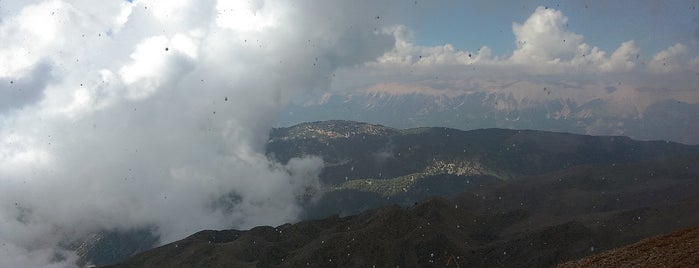 Olympos Teleferik (2365 m) is one of Eceさんのお気に入りスポット.