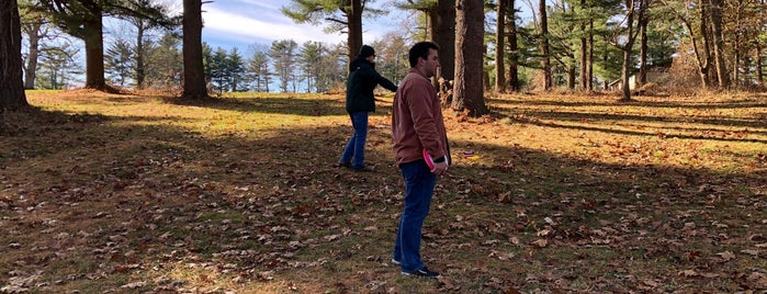 FDR State Park Disc Golf Course is one of Posti che sono piaciuti a Matt.