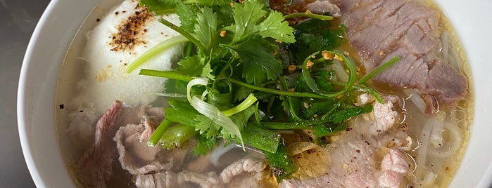 Phở Tùng is one of vietnam.