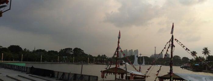 Bandar Djakarta is one of Indonesia Infused.