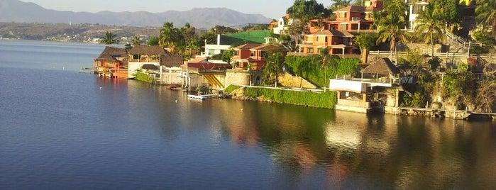 Villa Bejar Hotel Tequesquitengo is one of Por Hacer.