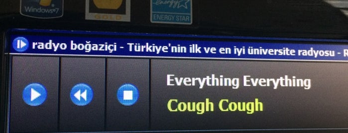 radyo boğaziçi is one of Lieux qui ont plu à Fidan.