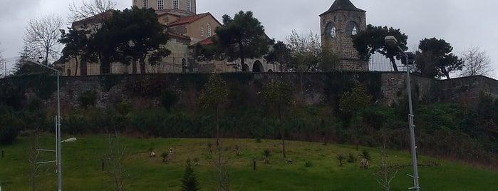 Ayasofya Camii is one of Orte, die Merve gefallen.