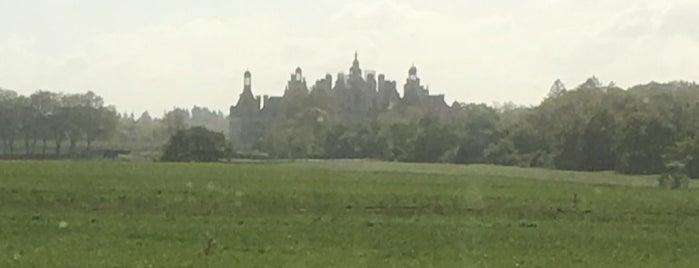 Le Château CHAMBORD is one of Orte, die Allison gefallen.