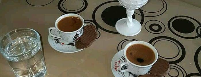 Asi Cafe & Nargile is one of Posti che sono piaciuti a Numan.