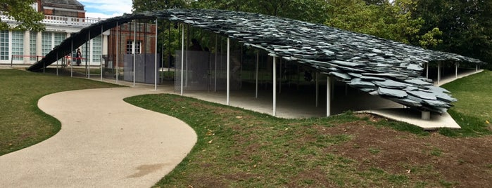 Serpentine Pavilion 2019 is one of สถานที่ที่ Mike ถูกใจ.