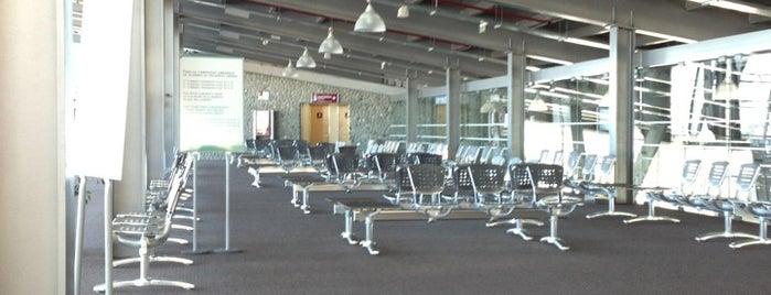 Aeropuerto Internacional de El Calafate - Comandante Armando Tola (FTE) is one of Part 1~International Airports....