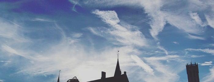 Bruges is one of Lieux qui ont plu à Alan.